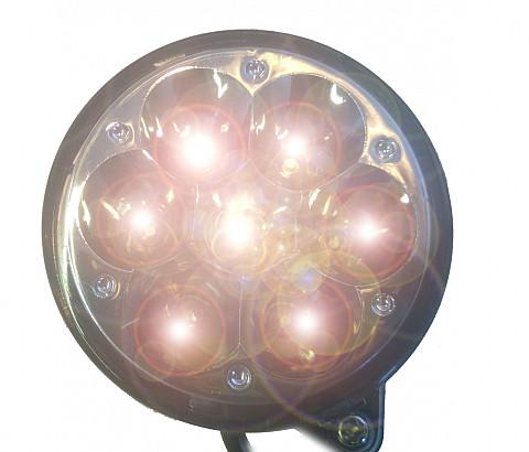Koplamp met licht-sensor